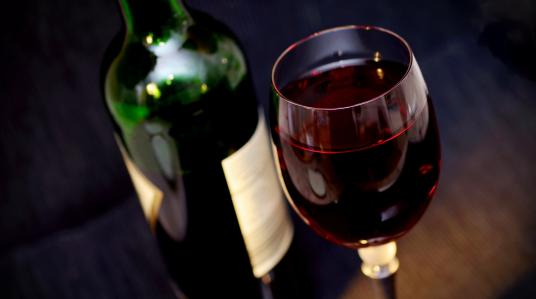 boissons-vin-resto-4-coins-st-jerome.png